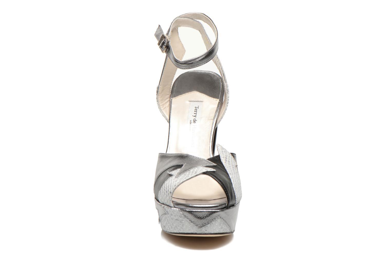 Sandales et nu-pieds Terry de Havilland Zia Gris vue portées chaussures