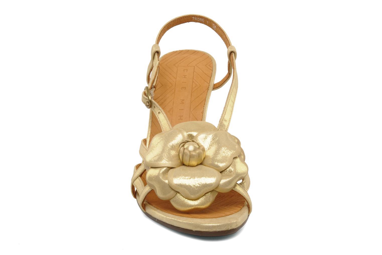 Sandalen Chie Mihara Vossa gold/bronze schuhe getragen