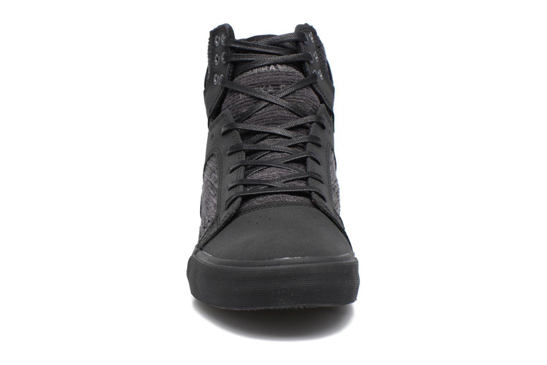 Sneakers Supra Skytop Sort se skoene på
