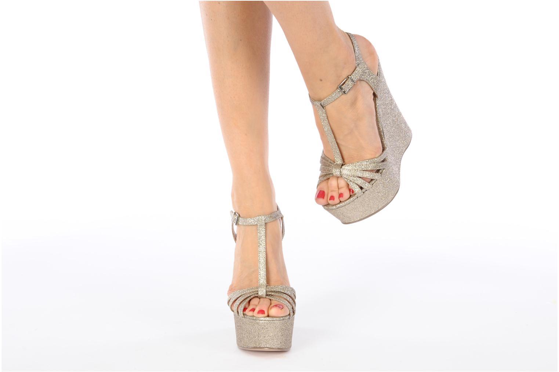 Sandales et nu-pieds Carvela GLOWORM Beige vue bas / vue portée sac