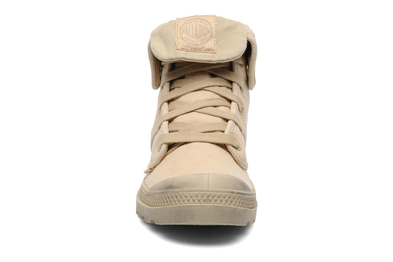 Baskets Palladium Us Baggy F Beige vue portées chaussures
