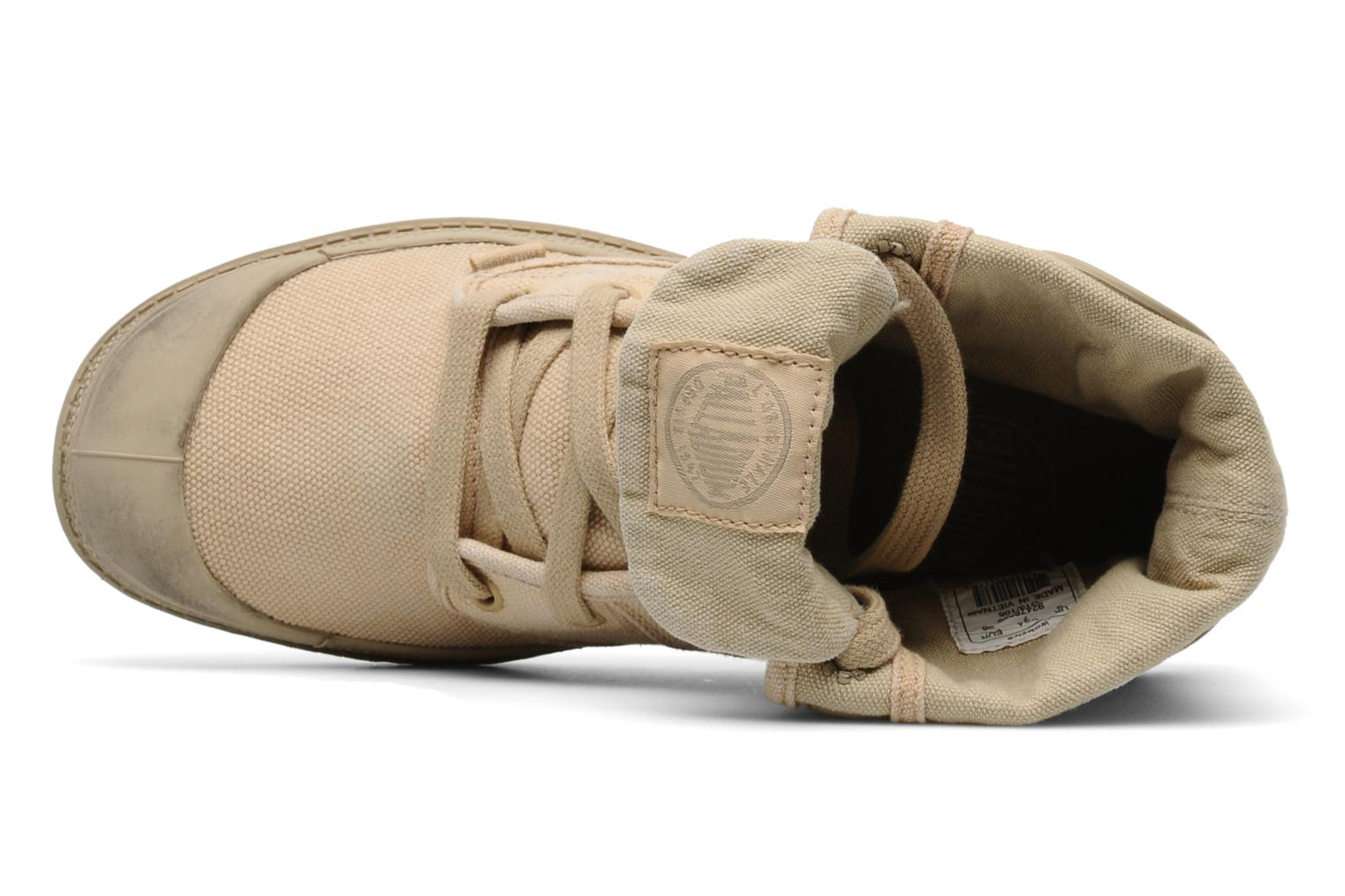 Trainers Palladium Us Baggy F Beige view from the left