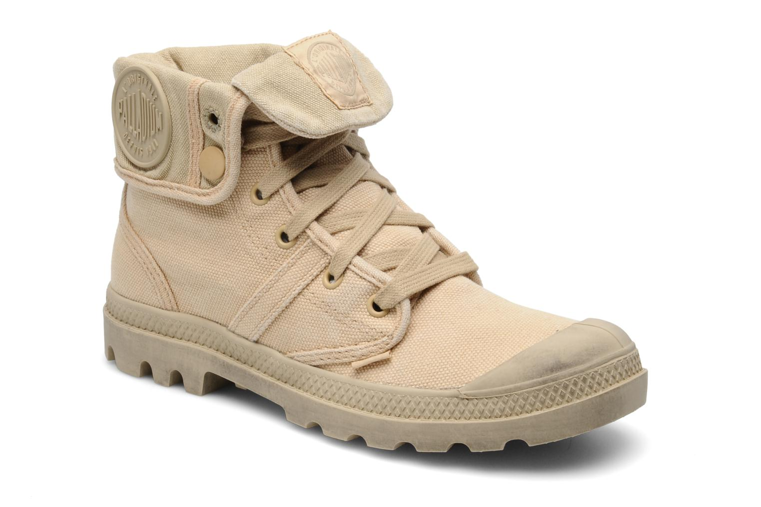 Trainers Palladium Us Baggy F Beige detailed view/ Pair view