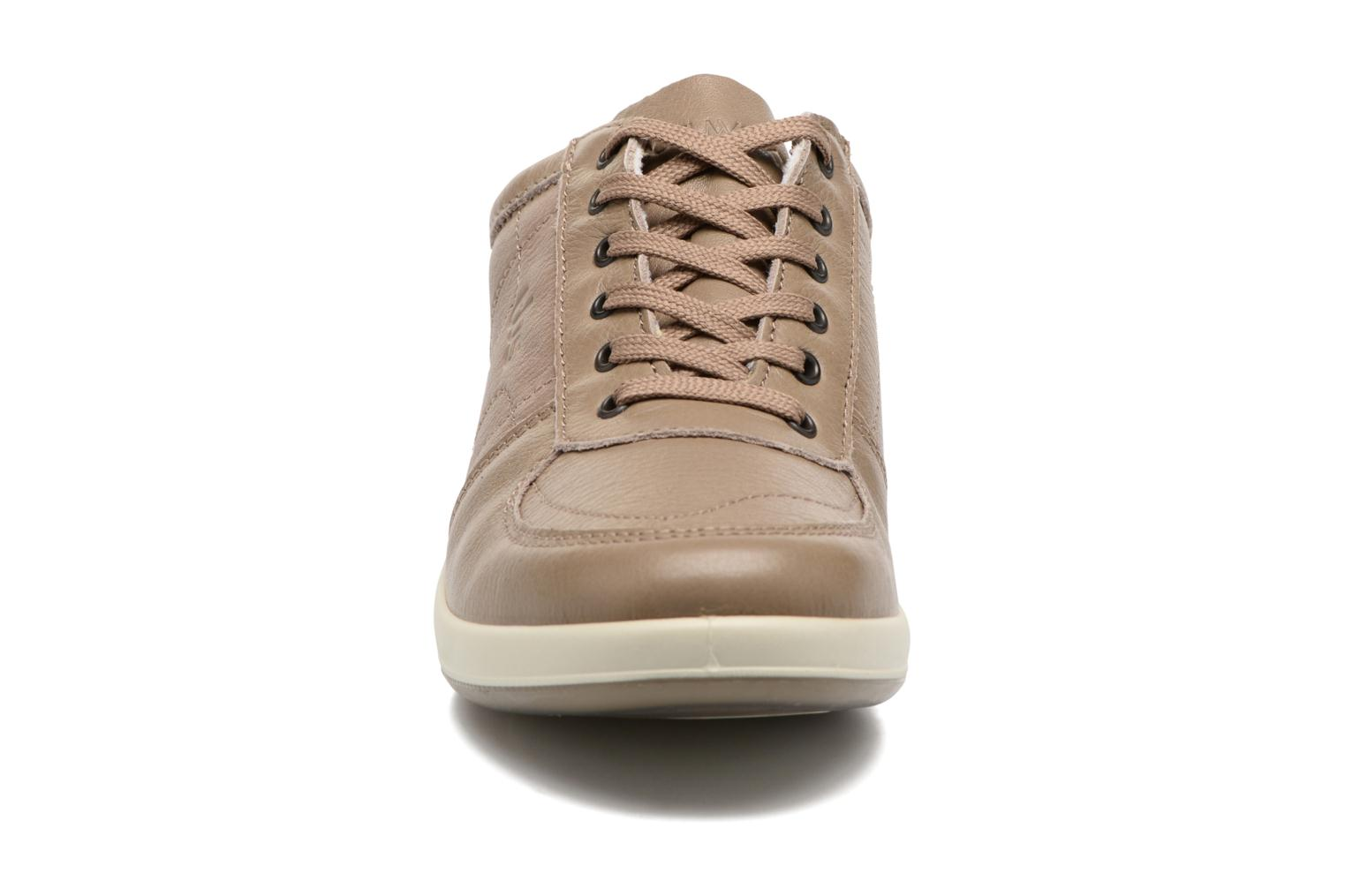 Baskets TBS Easy Walk Astral Beige vue portées chaussures
