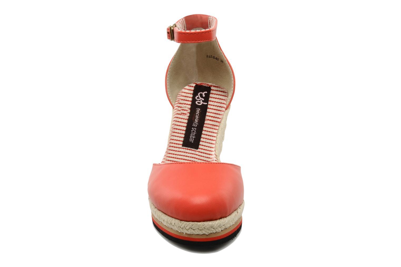 Espadrilles Chocolate Schubar Charmaine Rouge vue portées chaussures