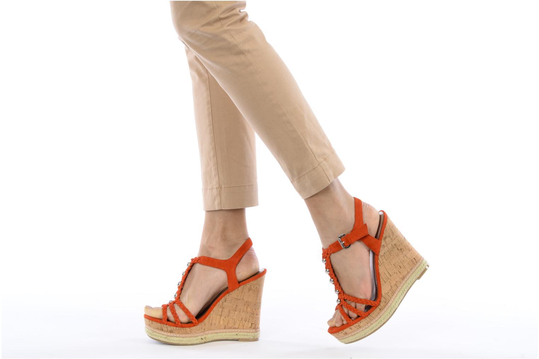 Sandales et nu-pieds Guess Reign Orange vue bas / vue portée sac
