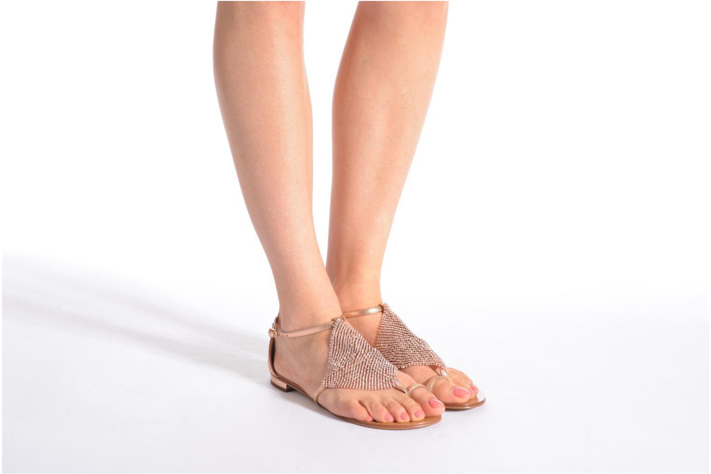 Sandales et nu-pieds Lola Cruz Balie Or et bronze vue bas / vue portée sac
