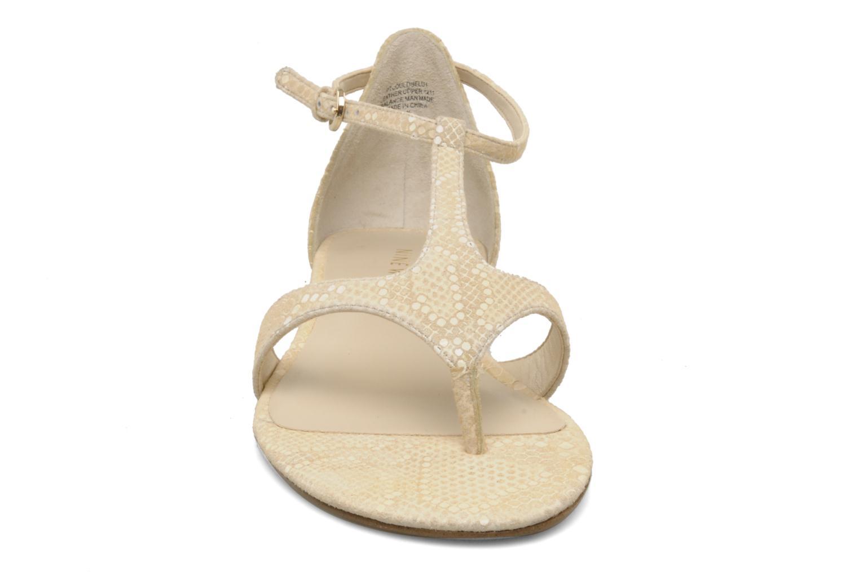 Sandales et nu-pieds Nine West Couldbeluv Beige vue portées chaussures