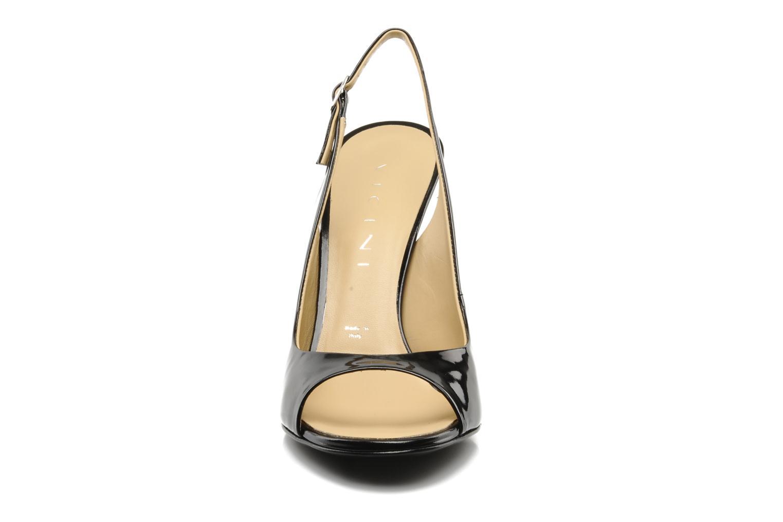 Sandales et nu-pieds Vicini Vrille Noir vue portées chaussures