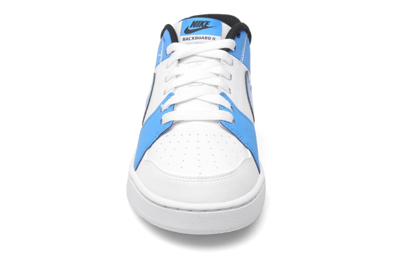 Baskets Nike Nike backboard ii Blanc vue portées chaussures