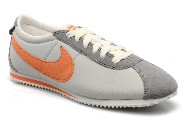 Deportivas Nike Wmns lady cortez nylon Gris vista de detalle / par