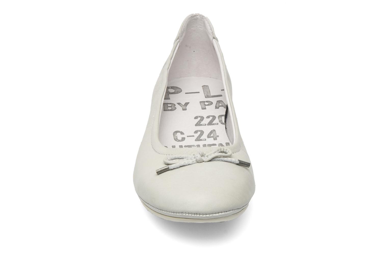 Ballerines P-L-D-M By Palladium Mombasa cash Beige vue portées chaussures