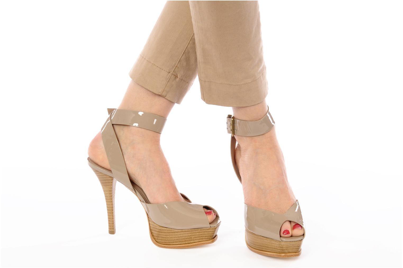 Sandales et nu-pieds Pour La Victoire Taryn Beige vue bas / vue portée sac