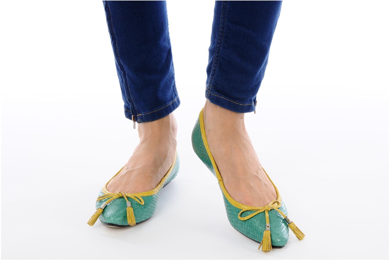 Ballerinas Studio TMLS Saara grün ansicht von unten / tasche getragen