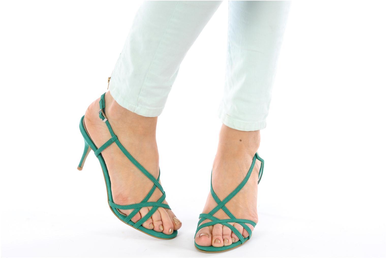 Sandalen Studio TMLS Isabel grün ansicht von unten / tasche getragen