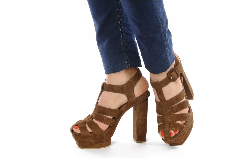 Sandales et nu-pieds Jeffrey Campbell Eva B Marron vue bas / vue portée sac