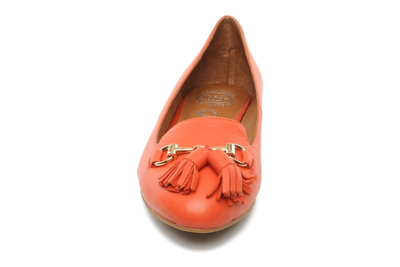 Loafers Jeffrey Campbell Mollie Orange model view