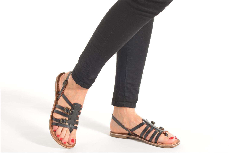 Sandales et nu-pieds Kickers Dixmille Rouge vue bas / vue portée sac