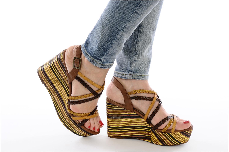 Sandales et nu-pieds Georgia Rose Sabrini Noir vue bas / vue portée sac