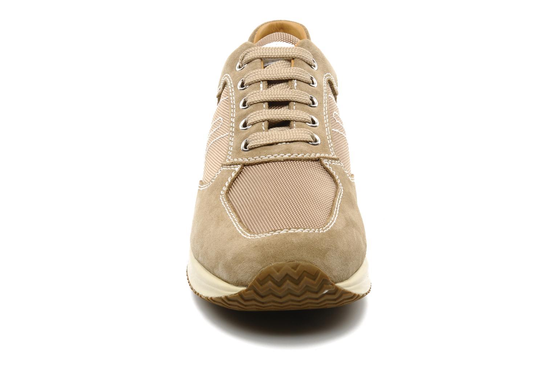 Baskets Geox U HAPPY G Beige vue portées chaussures