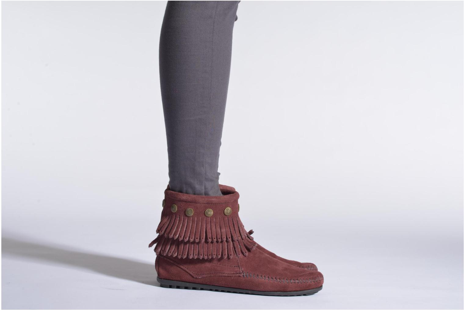 Ankle boots Minnetonka DOUBLE FRINGE BT Beige view from underneath / model view