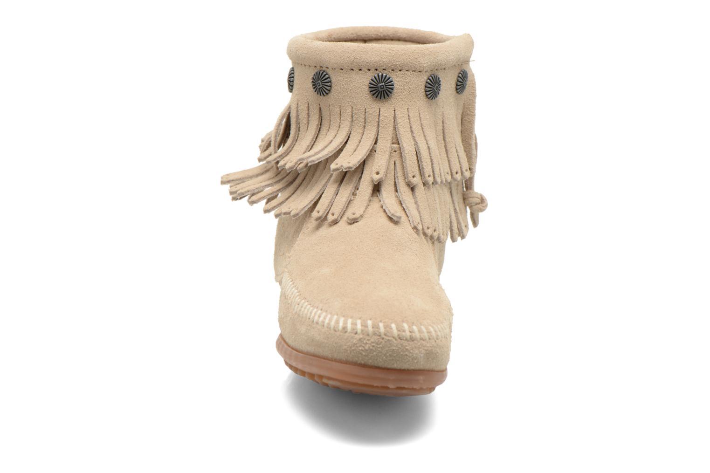Stiefeletten & Boots Minnetonka DOUBLE FRINGE BT beige schuhe getragen