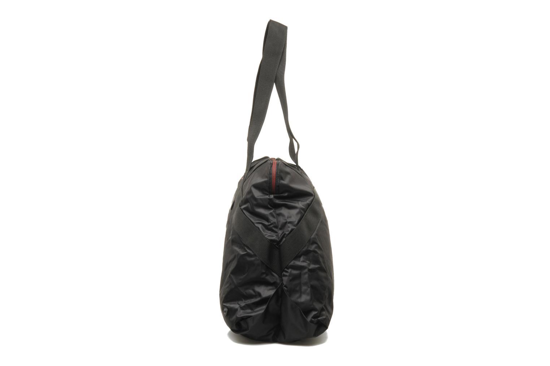 Sacs de sport Reebok Ath B Duffle Noir vue portées chaussures