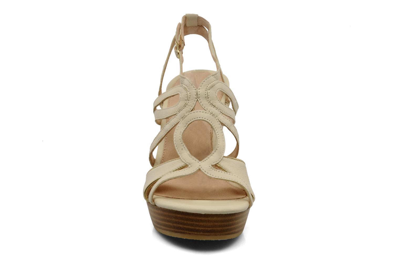 Sandals Mellow Yellow Leef Beige model view