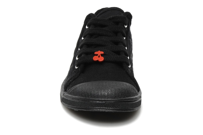 Baskets Le temps des cerises Basic 02 E Noir vue portées chaussures