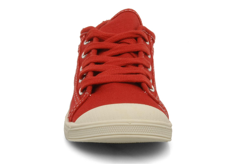 Baskets Le temps des cerises Basic 02 E Rouge vue portées chaussures