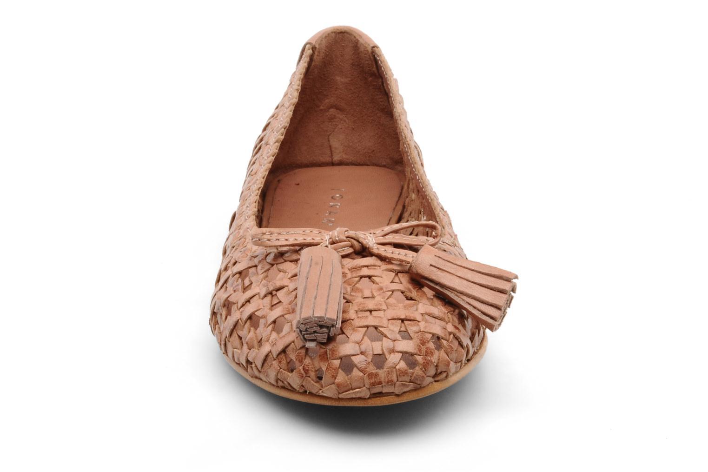 Ballerines Jonak Joplat Beige vue portées chaussures