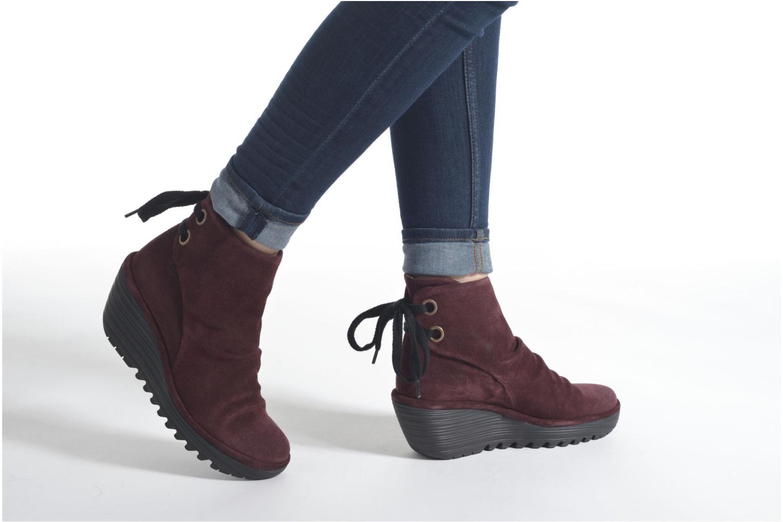 Stiefeletten & Boots Fly London Yama rot ansicht von unten / tasche getragen