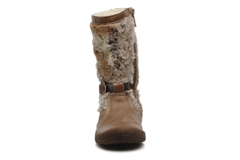 Bottes Babybotte Anouche Marron vue portées chaussures