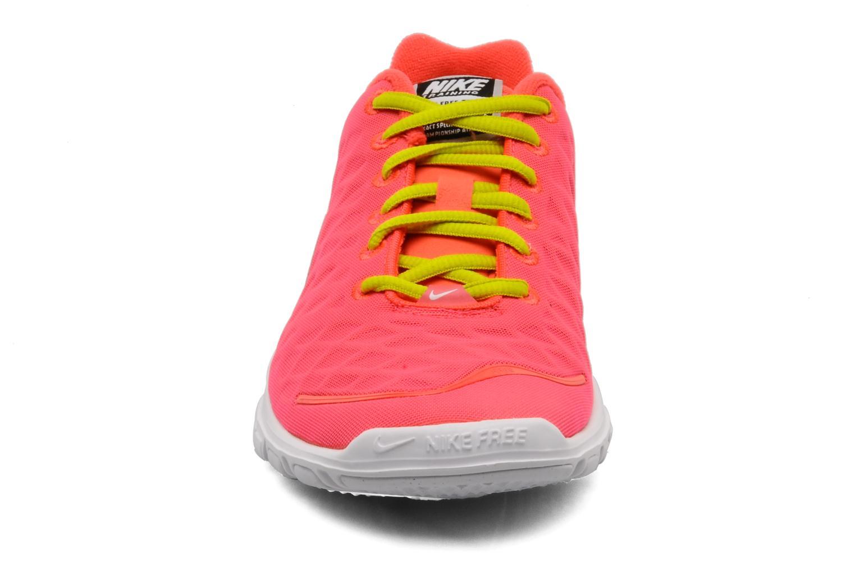 Chaussures de sport Nike Wmns Nike Free Tr Fit Rose vue portées chaussures