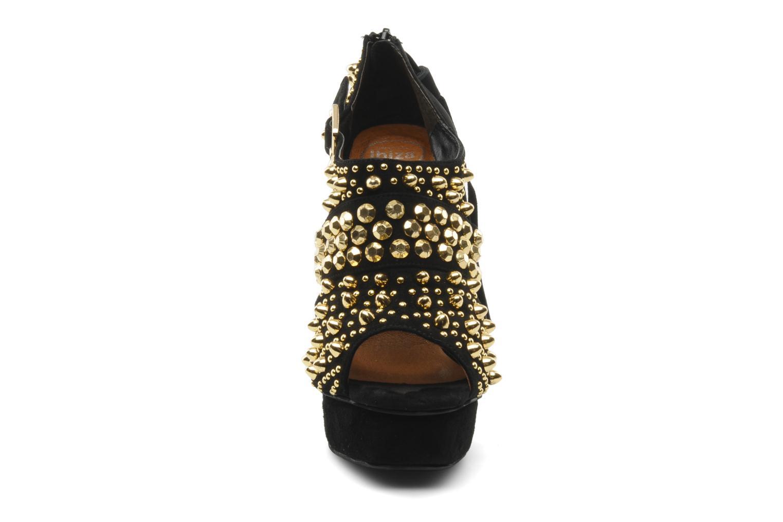 Zapatos de tacón Jeffrey Campbell Pony-Tail Negro vista del modelo