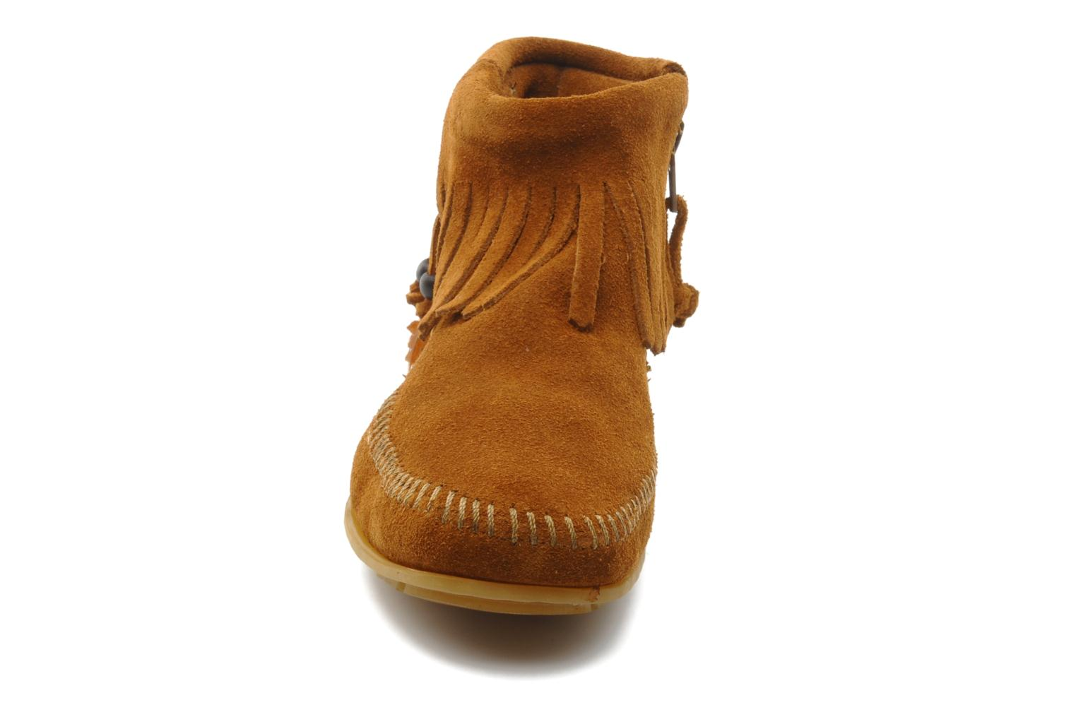 Ankle boots Minnetonka CONCHOFEATHER BT Brown model view