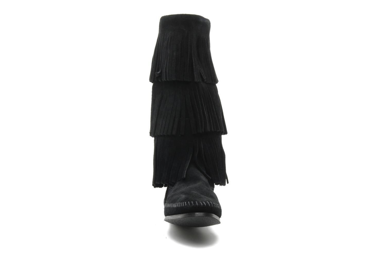 Stiefeletten & Boots Minnetonka 3 LAYER FRINGE BOOT schwarz schuhe getragen