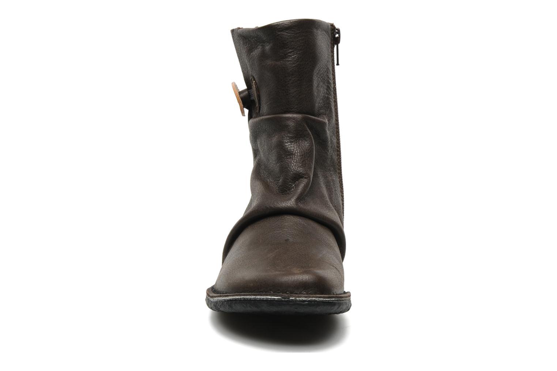 Bottines et boots Kickers KRAKOV Marron vue portées chaussures