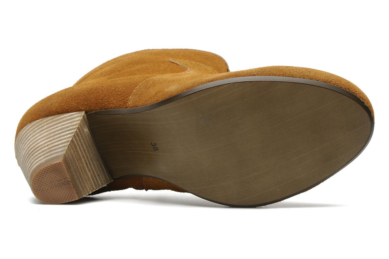 Ipana Nuts