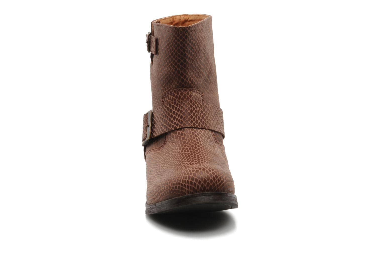 Bottines et boots Georgia Rose Boteni Marron vue portées chaussures