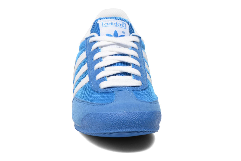 Sneaker Adidas Originals Dragon J blau schuhe getragen