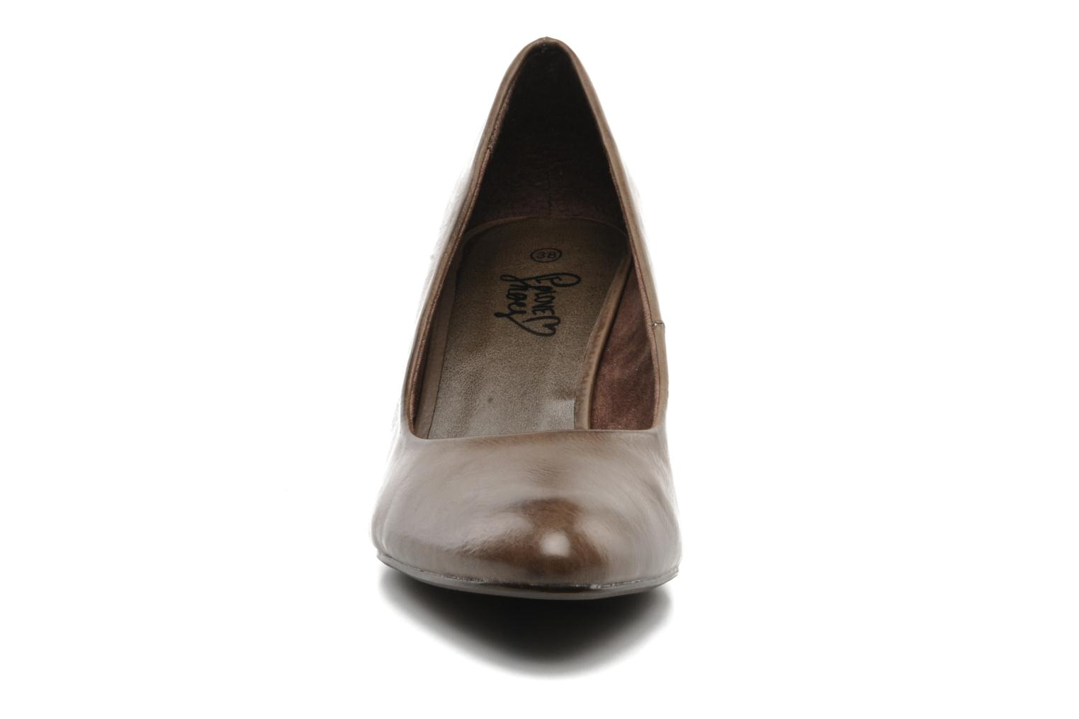 High heels I Love Shoes Supin Brown model view
