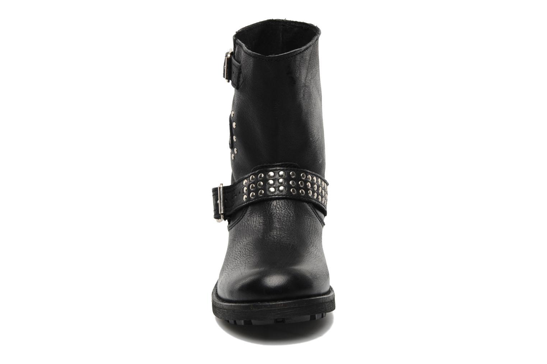 Bottines et boots Freeman T. Porter Felicia Noir vue portées chaussures