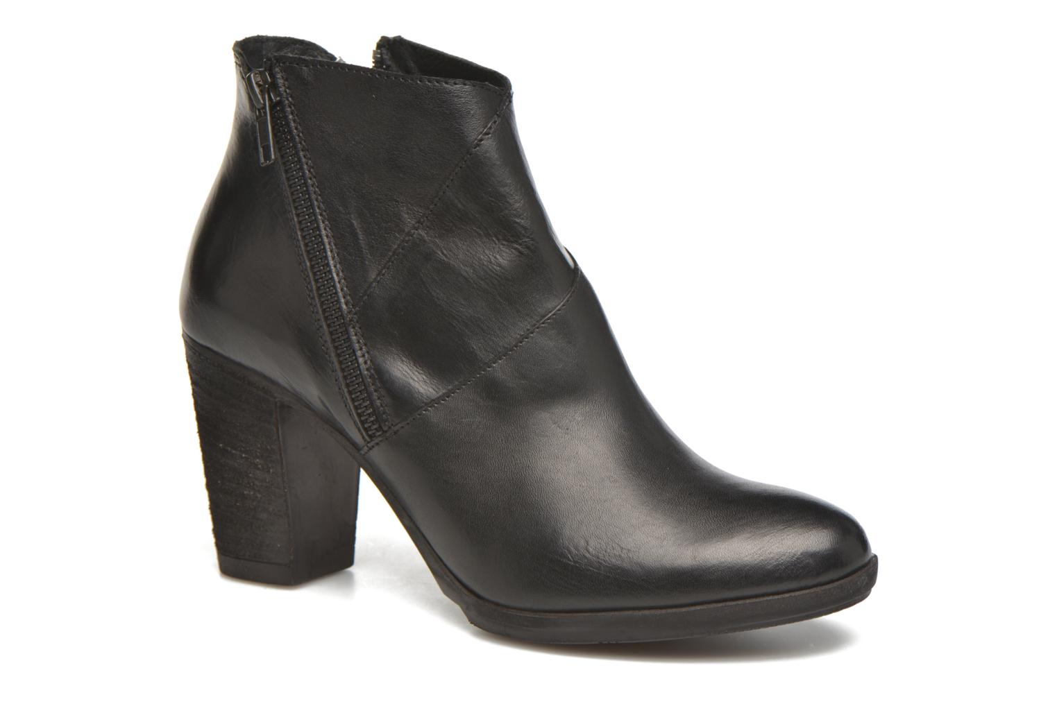 Ankle boots Khrio Eva Black detailed view/ Pair view