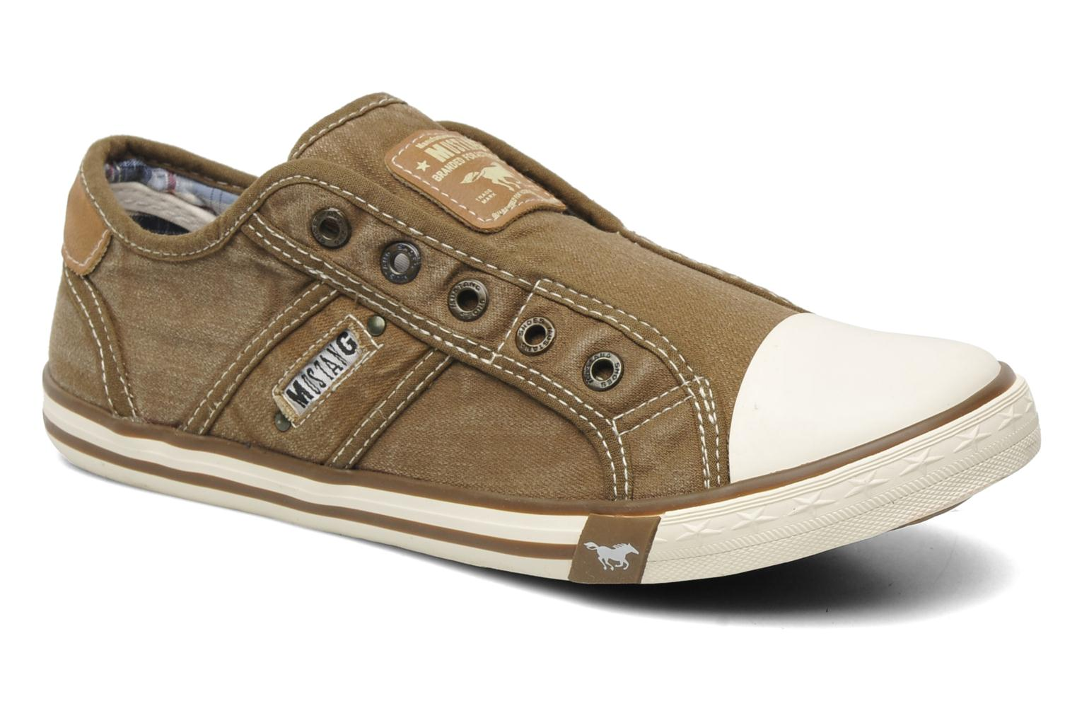 Mustang shoes Marco (Brown) - Trainers chez Sarenza (162306)