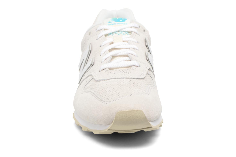 Sneaker New Balance WR996 weiß schuhe getragen