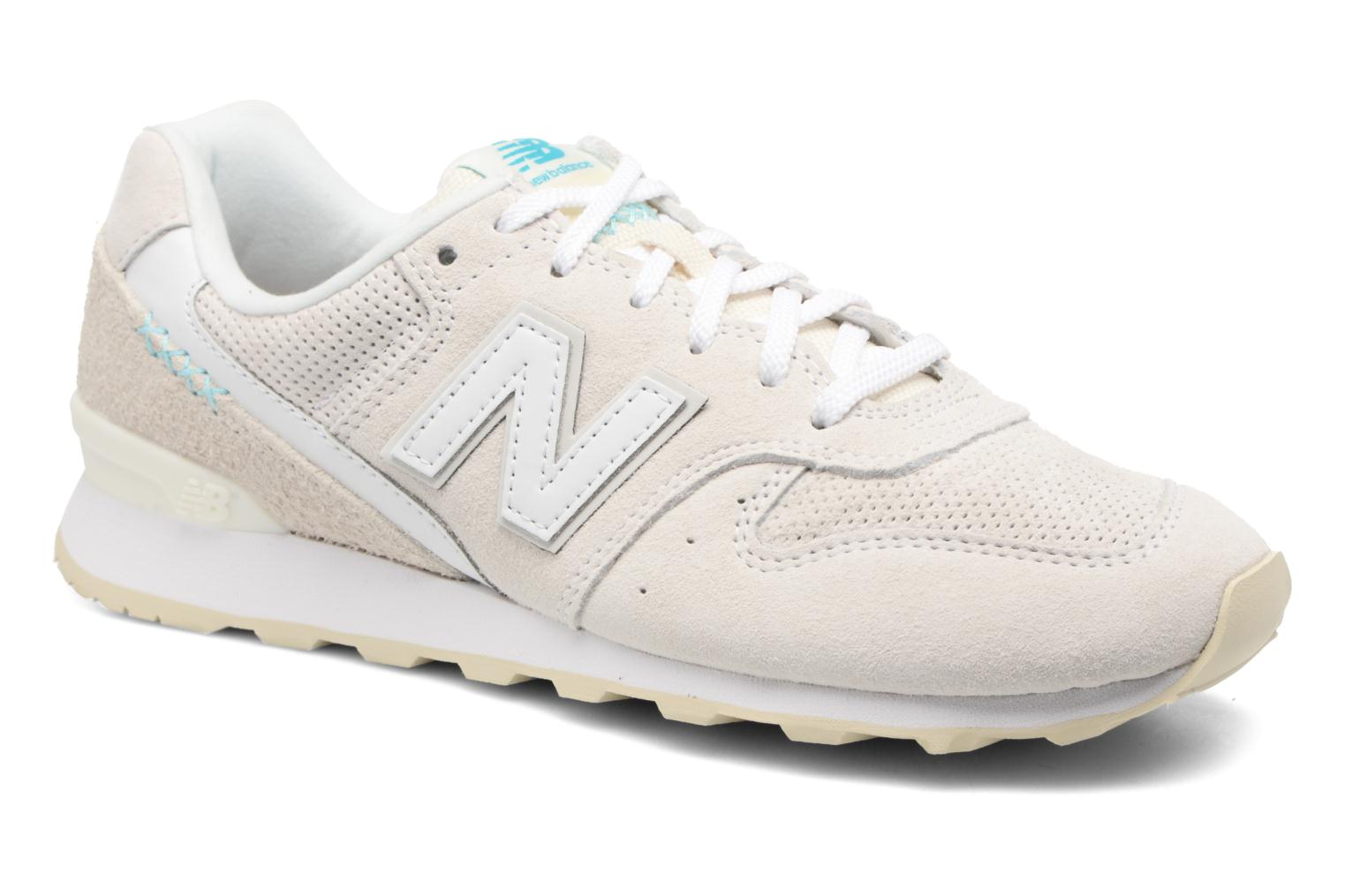 Trainers New Balance WR996 White detailed view/ Pair view