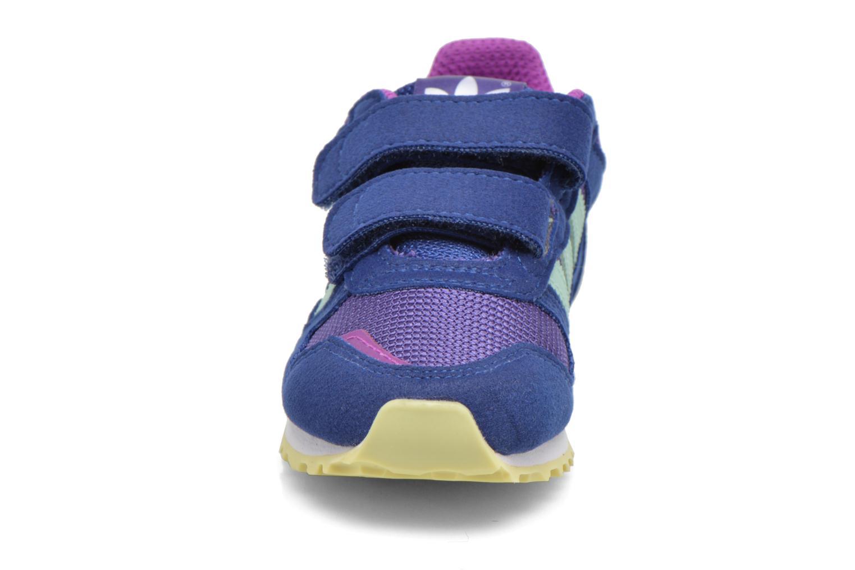Sneaker Adidas Originals Zx 700 Cf I blau schuhe getragen