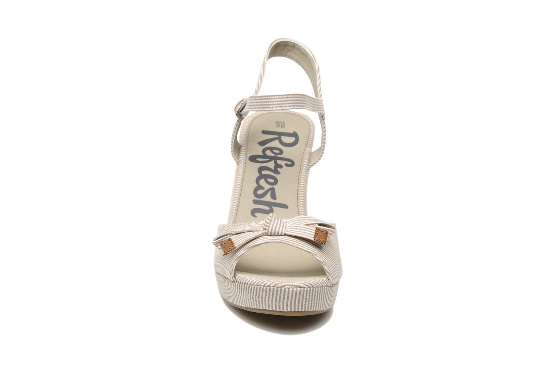 Sandales et nu-pieds Refresh CHOUNIK Beige vue portées chaussures
