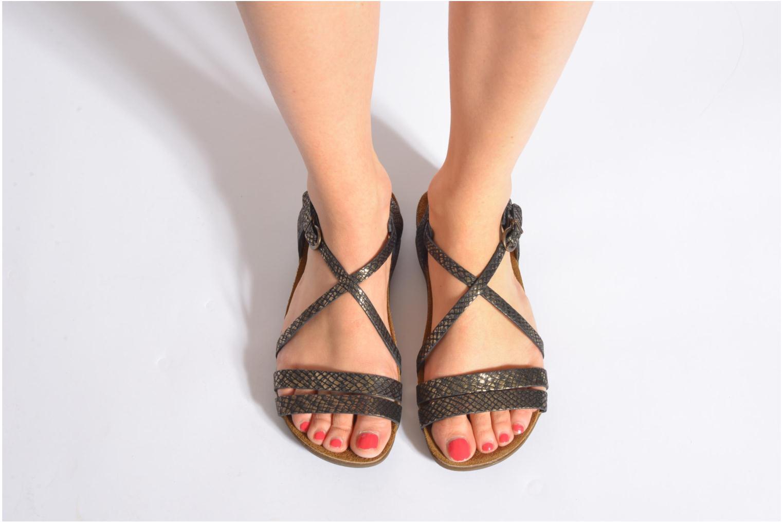 Sandales et nu-pieds Kickers Atomium Rouge vue bas / vue portée sac